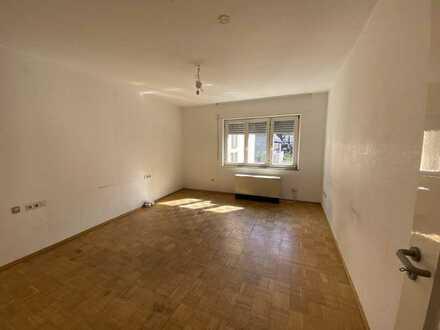 Zentrale 4-Zimmer-Wohnung in Tübingen