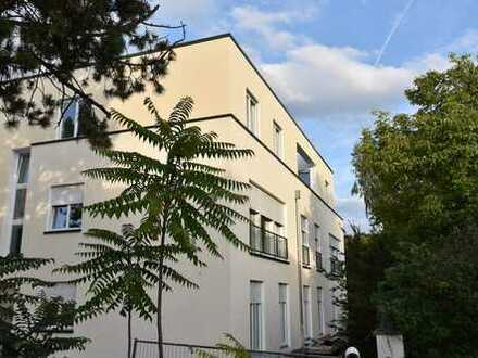 Schöne, geräumige fünf Zimmer Neubau-Gartenwohnung im Diplomatenviertel, Süd-West-Ausrichtung