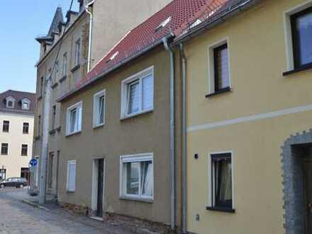 Viel Platz für die große Familie - Ein-bis Zweifamilienhaus - viel Nebengelass, Glauchau/Unterstadt