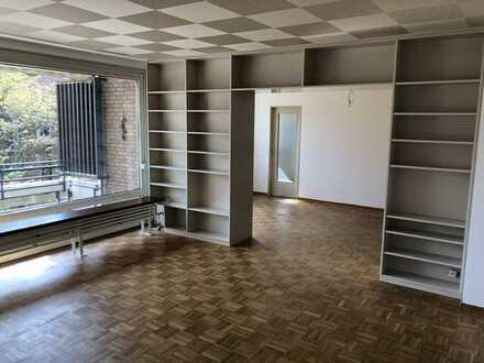 ***PROVISIONSFREI*** Großzügige, helle, 4 Zimmer Wohnung mit Sonnenterrasse in Düsseldorf