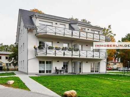 IMMOBERLIN: Ersteinzug! Aparte Wohnung mit Terrasse & Garten