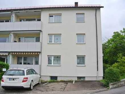 4-Zimmer-Erdgeschosswohnung mit Balkon und Pkw-Stellplatz in bevorzugter Lage