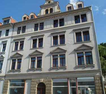POSTSTRAßE: Ladeneinheit mit großen Schaufenstern * Zugang von der Straße und vom Treppenhaus