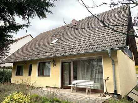 Freistehendes 1-2 Generationenhaus in gesuchter Lage von Rödermark!