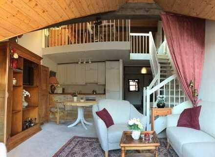 Gepflegte 2,5-Zimmer-Maisonette-Wohnung mit Balkon und EBK in Calw (Kreis)