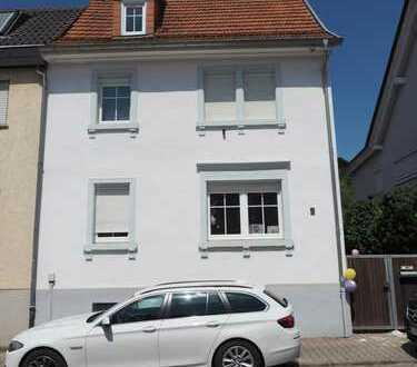 Einfamilienhaus mit Innenhof und Garten