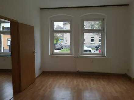 schöne helle 2-Raum-Wohnung ab sofort zu vermieten