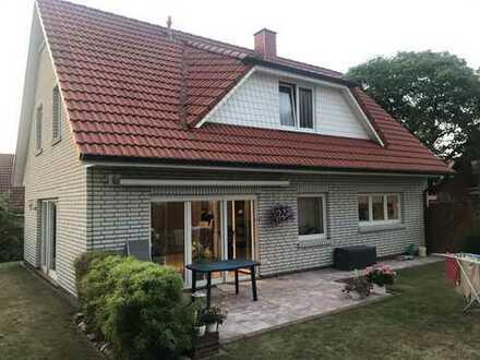 Schönes Haus mit fünf Zimmern in Oldenburg, Ofenerdiek, Provisionsfrei