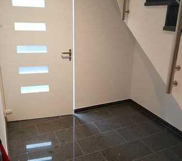 Leben Sie Smart-Home - Neuwertige Luxus-Wohnung in Mettmann-Metzkausen!