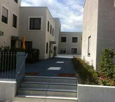 3 Zi.-STADTHAUS- Wohnung mit Terrasse, modern, hell, offen - MONIKAVIERTEL