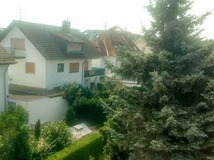 Ansprechende, vollständig renovierte 2-Zimmer-DG-Wohnung zur Miete in Heidelberg-Rohrbach