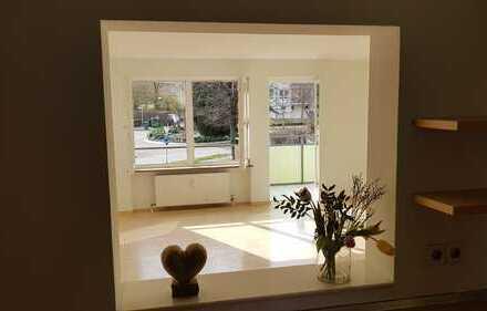Von Privat helle 4-Zimmer-Wohnung mit 2 Balkonen und EBK in Schwieberdingen