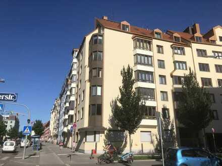 Vollständig renovierte, geräumige 2-Zimmer-Wohnung in Haidhausen, München