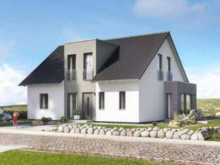 Zweifamilienhaus mit großzügigen und hellen Wohnungen!