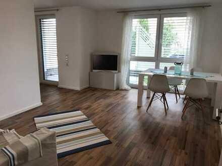 Bezugsfrei + Brackenheim + Erdgeschoss + Bj. 2016 + Einbauküche + Tiefgaragenplatz + Fahrstuhl
