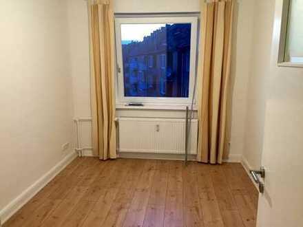 10qm Zimmer in netter 3er WG, zentral