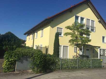 Maisonette mit exclusiver Ausstattung, Nähe S1-Lohhof und Bezirksstraße