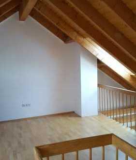 Dreieichenhain - Neuwertige 2,5-Zimmer-Dachgeschosswohnung mit Balkon und Einbauküche in Dreieich
