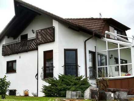 Schönes Einfamilien - Zweifamilien oder Generationenhaus mit Garten, Garage in guter Wohnlage!