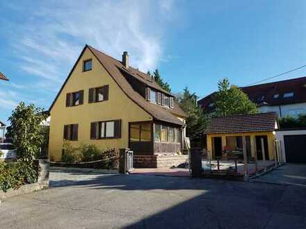 Freistehendes Einfamilienhaus mit sieben Zimmern in Freiberg am Neckar
