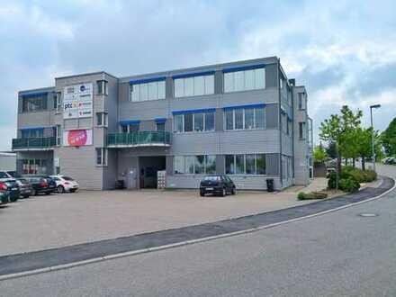 NEU!!! Helle und moderne Bürofläche (teilbar) im Industriegebiet von Holzgerlingen