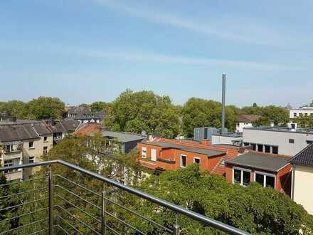 Stilvolle, sanierte 5-Zimmer-Maisonette-Wohnung mit 2 Balkonen im Kreuzviertel