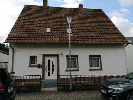 Schönes Einfamilienhaus in sonniger Lage in Waldfischbach-Burgalben