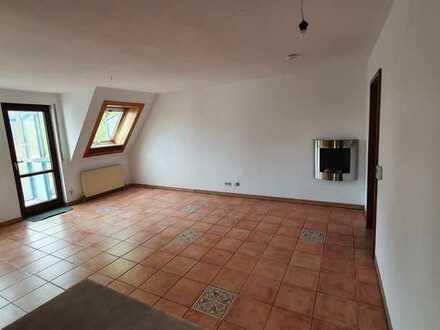 Stilvolle 4,5-Zimmer-Wohnung mit Einbauküche in Pleidelsheim