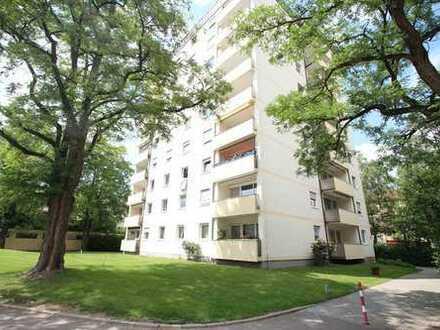 HEGERICH: Ruhig gelegene 2,5 Zimmer Wohnung mit Blick ins Grüne