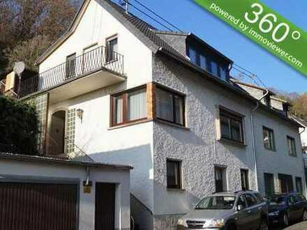Erfüllen Sie sich Ihren Traum vom Eigenheim...Geräumiges Einfamilienhaus mit Garage in Bad Hön