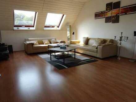 Großzügige 3,5 Zimmerwohnung mit Dachterrasse in Bremen-Lesum