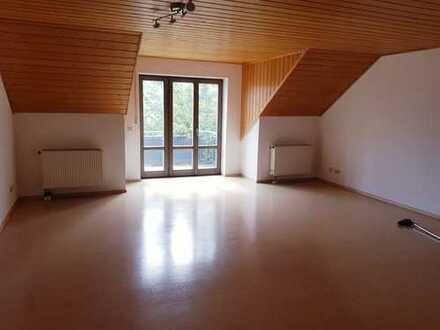 Sonnige Wohnung mit schöner Aussicht in kleiner Wohnanlage
