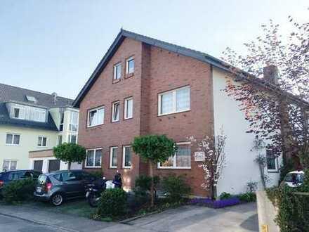 Knipfer´s Immobilienschätze - Solide Kapitalanlage - Gepflegte Dachwohnung in Gersthofen!