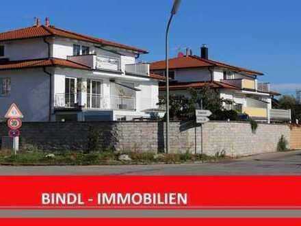 moderne Doppelhaushälfte mit 2 Balkonen und Seeblick sowie Einzelgarage & Stellplatz in Herrsching