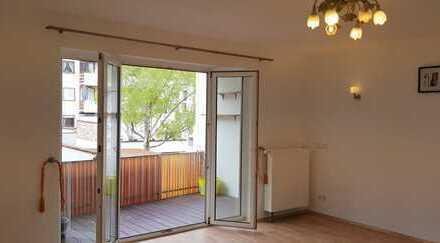 Zentral - *Provisionsfrei* Whng in direkter Citylage sonnige mit Balkon in Q3 von Privat zu verm.!