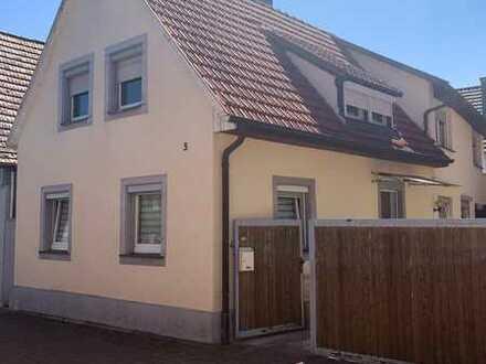 Einfamilienhaus mit Terrasse in ruhiger Lage