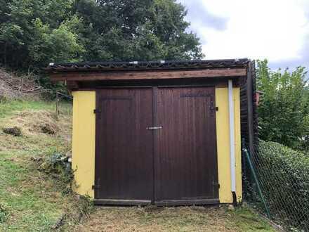 Freizeitgrundstück mit Garage