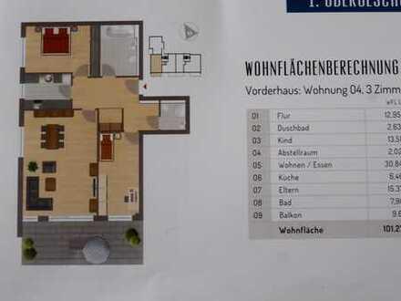 Erstbezug: exklusive 3-Zimmer-Wohnung mit Einbauküche und Balkon in Hofheim