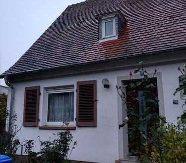 Doppelhaushälfte mit großem Garten in Grünstadt