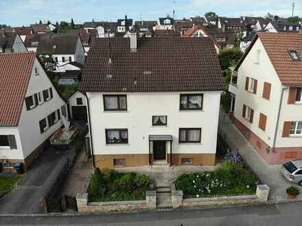 ***Bieterverfahren: Haus mit grossem Grundstück in Renningen ***