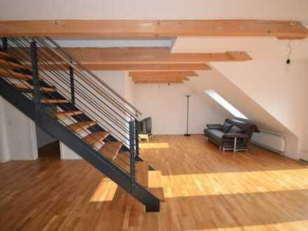 sonnige 5 Zimmer Neubau Dachgeschosswohnung