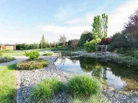 Die Oase für Wein- und Wellnessliebhaber - RESERVIERT - Luxusvilla mit parkartigem Garten!
