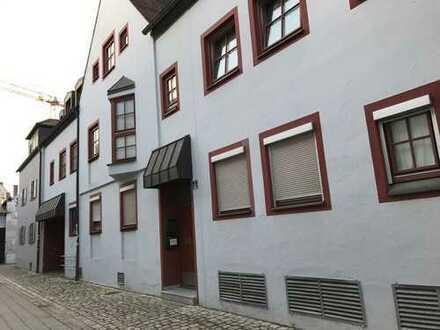 Schöne, geräumige ein Zimmer Wohnung in Ingolstadt, Mitte