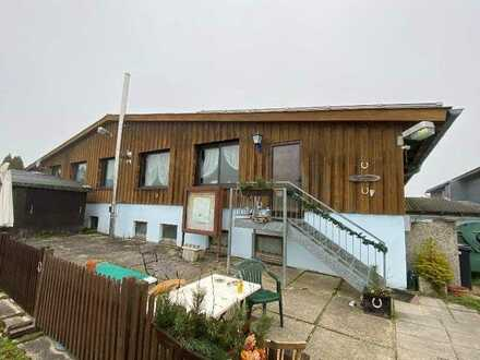Reiterhof mit passendem Grundstück für Tierhaltung (teilweise Erbbaurecht)
