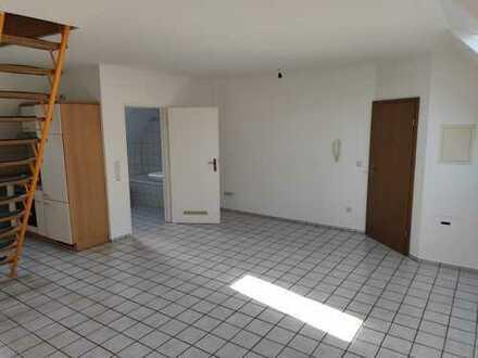 60 m² Maisonette-Wohnung mit Einbauküche in Ludwigshafen, Klimatisierung möglich