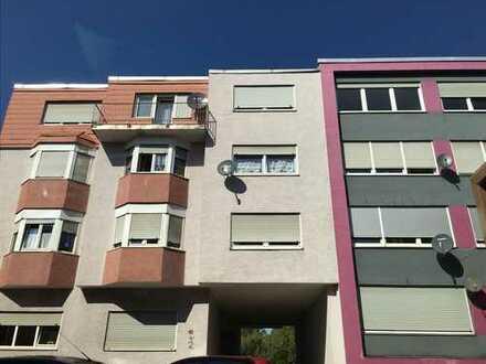 Frisch renovierte 2 Zimmerwohnung mit 2 Balkonen in Pirmasens