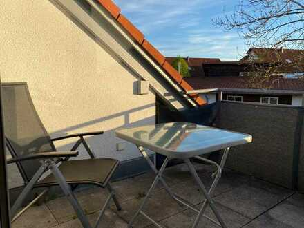 Sonnige 1-Zimmer-DG-Wohnung mit Balkon in Wilhelmsdorf