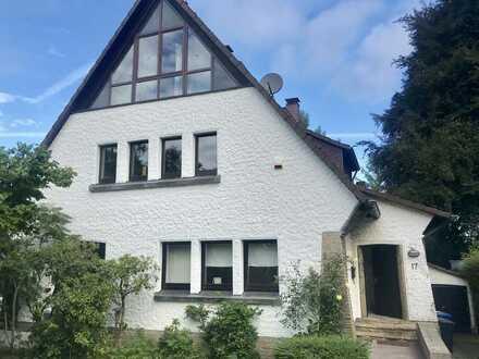 Schöne 4 Zimmer Wohnung über 2 Etagen in Dortmund Löttringhausen