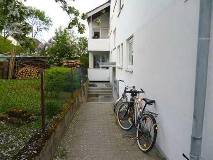 **Renovierte 3-Zimmer-Wohnung mit neuem Bad und neuer Küche**