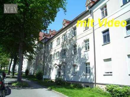 Schöne Wohnung in denkmalgesch. Stadtvilla mit parkähnlichem Grundstück, Balkon, Laminat